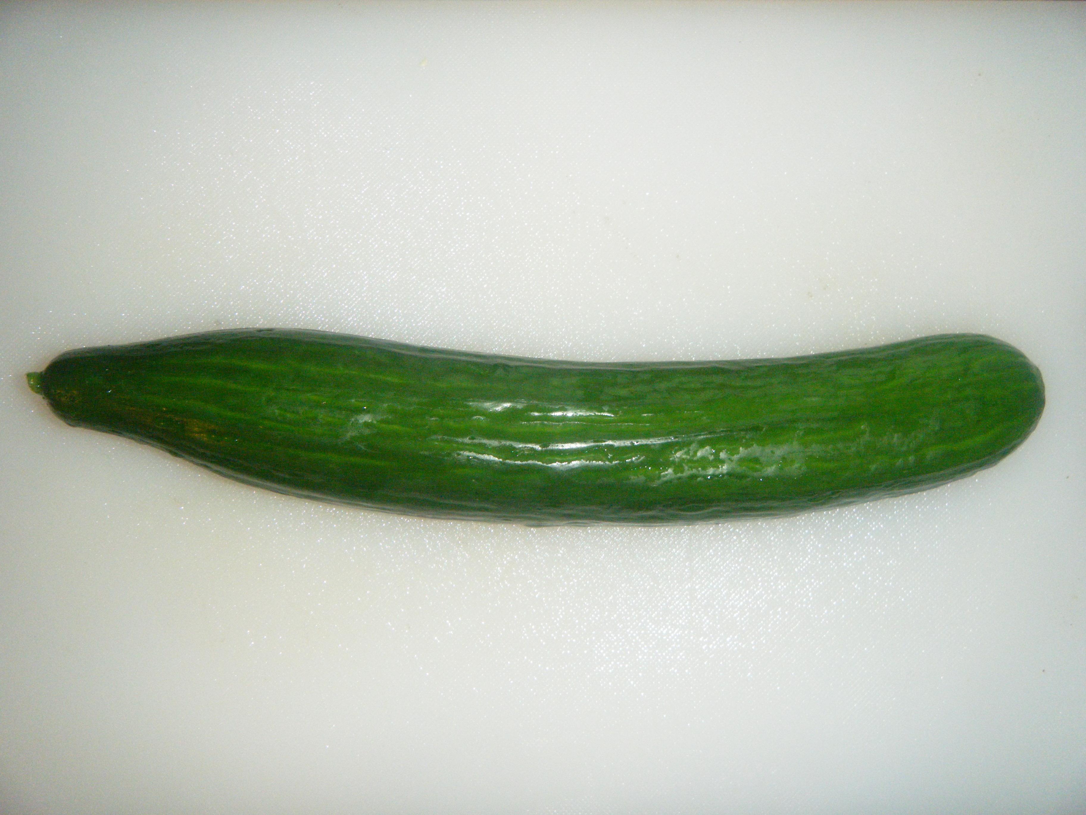 Nun ist sie schön grün, ...